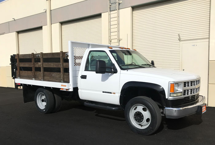 2002 Chevy C3500 HD  9' Stakebed w/ Only 49K #116629